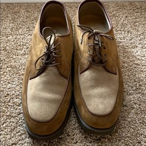 Women's Hush Puppies. Loafers light wear. Leather
